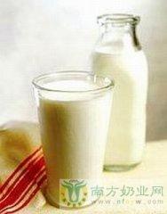 喝牛奶闹肚子是怎么回事?